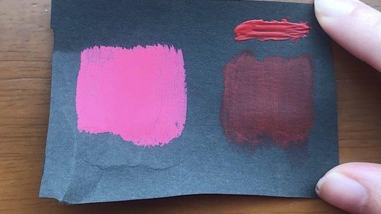 黒い画用紙に絵具は発色するか検証